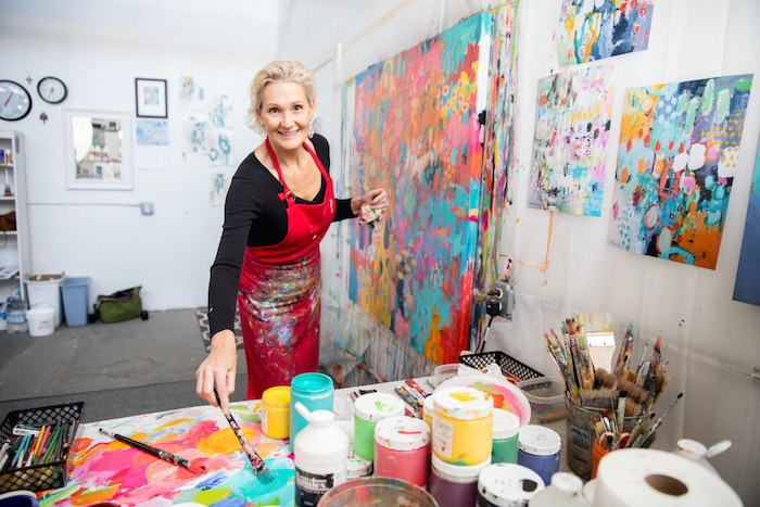 artist Betty Franks in her painting studio photographed by Liza Head | Art Biz Podcast